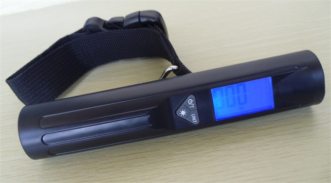 New digital luggage scale with flashlight